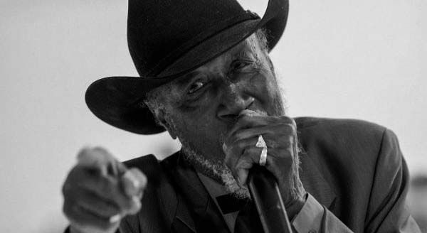 TAIL-DRAGGER-JONES Festival Blues Santa Coloma
